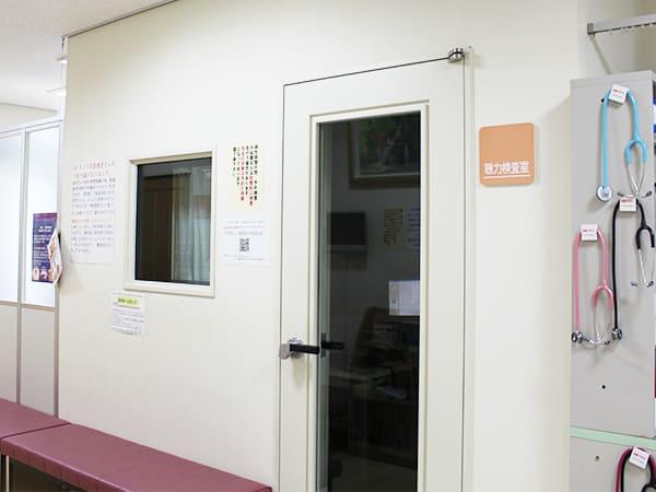 写真:聴力検査室入口