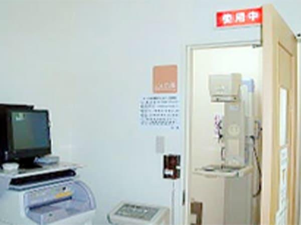 写真:開扉状態のレントゲン室